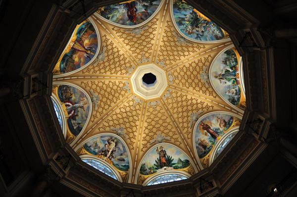 ミラコスタロビーの天井